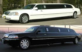 8-passengers Lincoln Stretch Limo