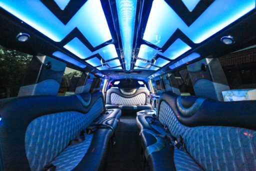 18 Passengers Cadalliac Escalade Stretch Limousine